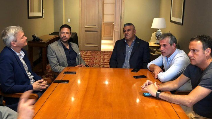 Tapia encabezó reunión de camaradería entre dirigentes de Central y Gimnasia