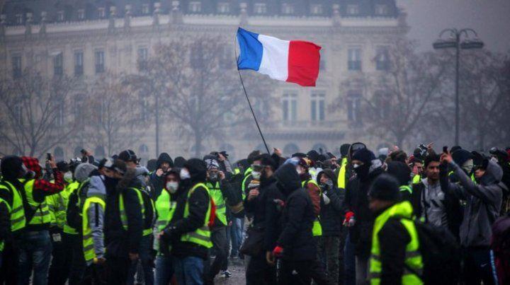 Francia teme otro sábado de violencia callejera