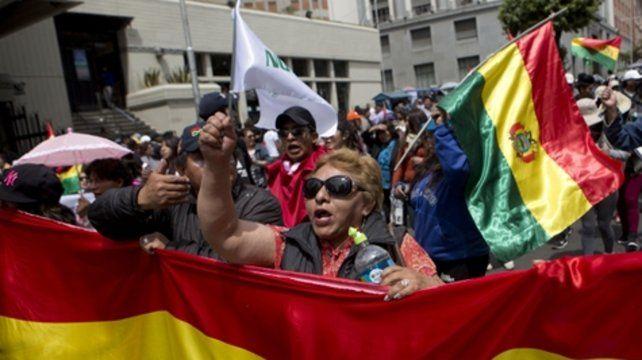 Bolivia, semiparalizada en protesta contra lareelección de Evo Morales
