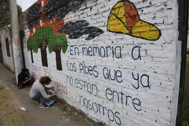 Homenaje. Un mural evoca a chicos asesinados en Santa Lucía