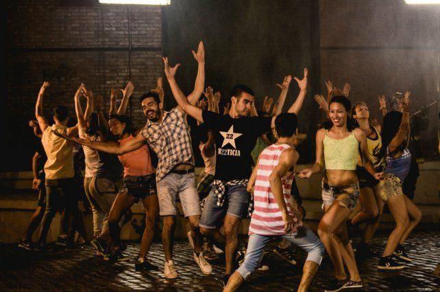 Molina dirigió a más de 40 bailarines
