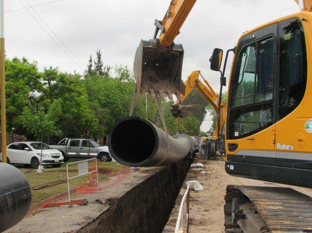 En el libro se proponen las obras necesarias para la provincia y también se exponen los planes de infraestructura vigentes.