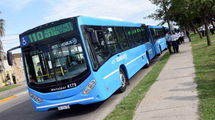 Sobre ruedas. Las nuevas unidades que se presentaron días atrás de la firma Rosario Bus.