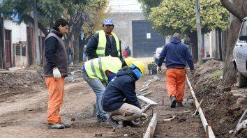 Crítica. Fein pretende destinar mil millones para hacer el pavimento de 112 cuadras, advierten desde el PRO.