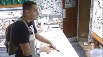 Asaltó una panadería, fue filmado y quedó escrachado en un video