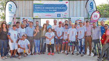 Juntos. La fábrica es cogestionada con la cooperativa de trabajo Servicios Múltiples de Pérez.