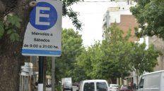 Hasta Reyes se permite el doble estacionamiento en algunas calles de Echesortu.