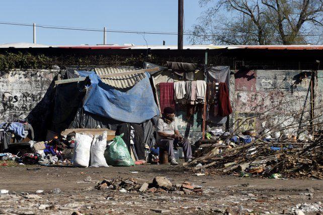 La pobreza alcanzó el 32 por ciento y hay 14 millones de argentinos que viven en la pobreza