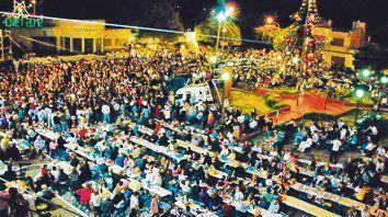 Tradicional encuentro. Desde 1980, la Fiesta del Arbolito congrega a multitudes de toda la región.