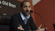 La gestión. El ex arquero leproso encara la más importante de las negociaciones desde que llegó a Newells. Buscan un entrenador que se adapte al plantel disponible.