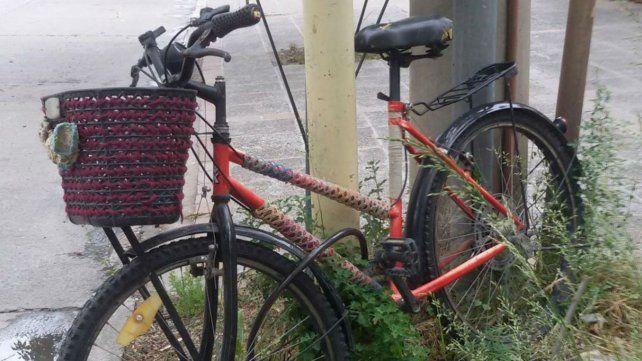Le robaron la bicicleta a un concejal casi en la puerta del Palacio Vasallo