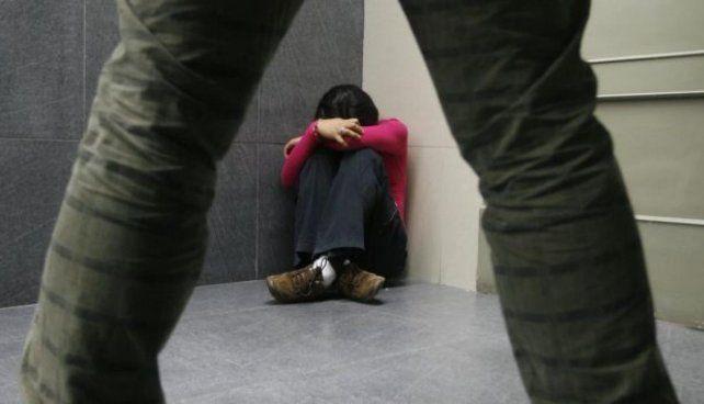 La desgarradora historia de varias hermanas que fueron abusadas por su propio padre