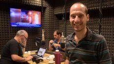 Equipo. Marcelo Tapia, Hernán Cabrera y Guillermo Zysman, parte de un equipo que acerca la información a diario.