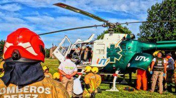 Entrenamiento de operaciones con un helicóptero sanitario