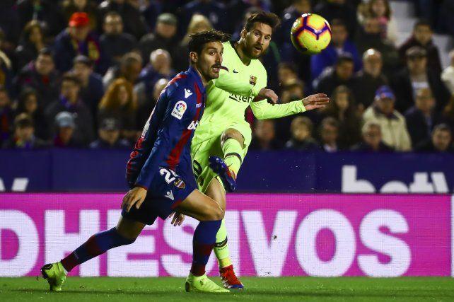 Messi brilló en la goleada de Barcelona a Levante