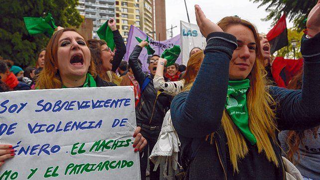 Reclamo. Una de las tantas marchas realizadas en Rosario contra la violencia de género.