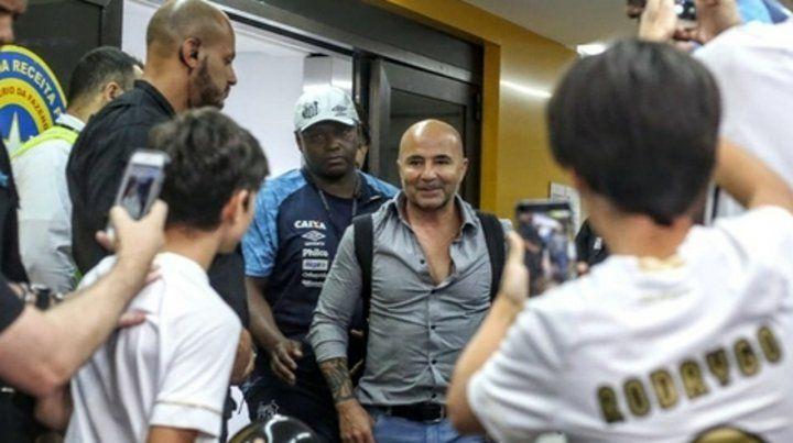 En Brasil a Sampaoli sí lo reciben como ídolo