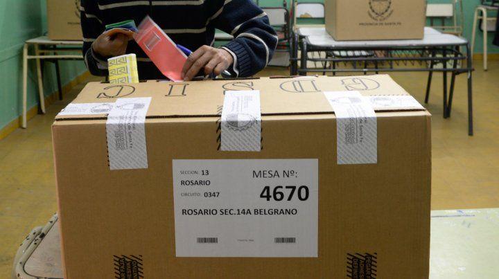 El gobierno no quiere que se duplique el acto electoral para hacer una consulta