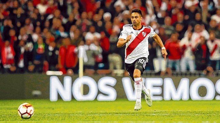 A toda velocidad. Pity Martínez protagonizó la corrida inolvidable para el 3 a 1 ante Boca en el Bernabéu.