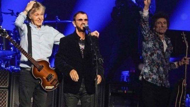 Paul McCartney tocó junto a Ringo Starr y el stone Ron Wood
