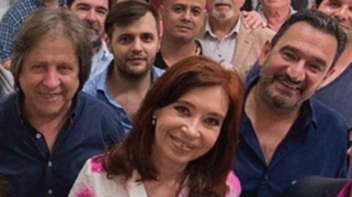 En el Instituto Patria. La senadora nacional y los dirigentes gremiales.
