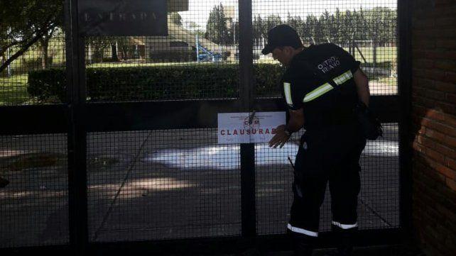 Cerrado. El jueves se efectivizó la clausura judicial del polideportivo.