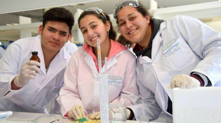 Las pibas y los pibes piden ciencia en las escuelas