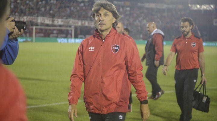 Newells confirmó que Héctor Bidoglio seguirá al frente del equipo