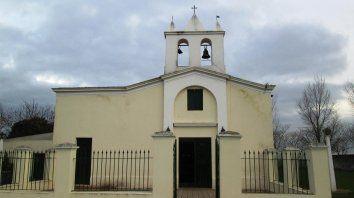 Por fuera. La capilla, construida en la década de 1770, era lugar de paso obligado del Camino Real.