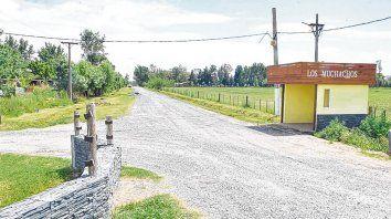 Los muchachos. El allanamiento a una casa quinta del Gran Rosario arrojó sorpresivas vinculaciones con un crimen.