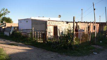 Calle mármol. Chicho cayó baleado a metros de donde vivía, en un humilde sector de Villa Gobernador Gálvez.