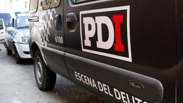 La Brigada Operativa Antinarcóticos de la Policía de Investigaciones  (PDI) constató había marihuana y que en los frascos se  contaban al menos cien dosis de cocaína fraccionadas y listas para la  venta.