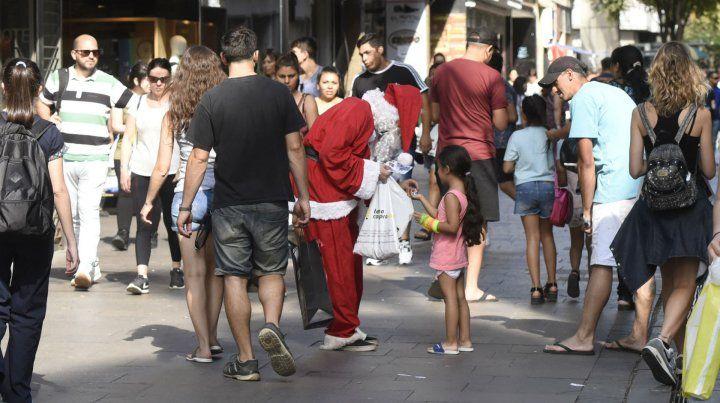 Empresarios esperan que las ventas de Navidad ayuden a mitigar el saldo negativo del año