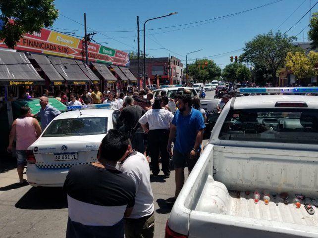 El incidente se registró en las primeras horas de la tarde en Juan José Paso al 5800.