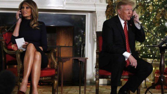 Trump y Melania respondió llamadas de chicos que esperan a Papá Noel