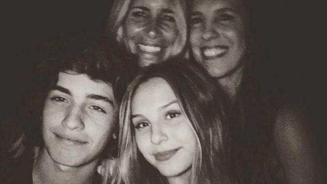 Juanita Tinelli pasó Navidad lejos de su papá y junto a su novio