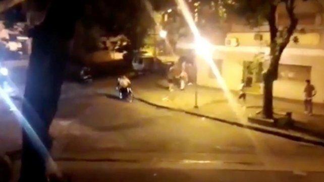Una fiesta clandestina casi termina en tragedia en La Plata.
