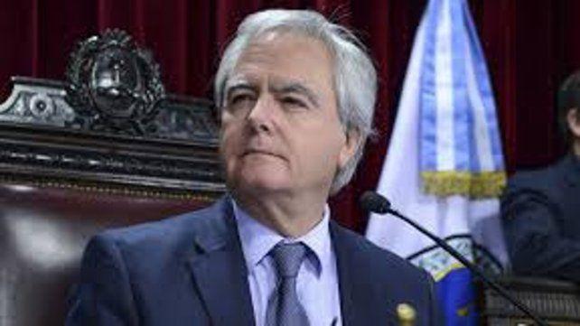 El presidente provisional del Senado