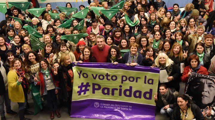 La representación de mujeres en la Legislatura santafesina es de 27