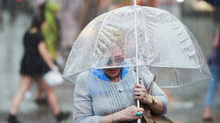 El aviso por fuertes lluvias se extendió hasta las 15.30.