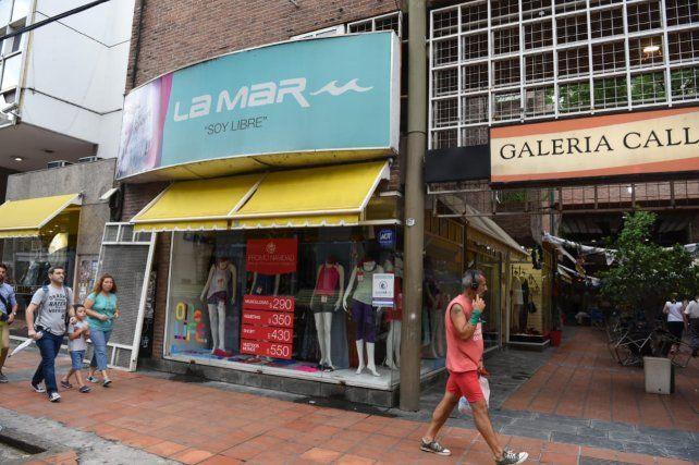 La dueña de La Mar desmintió el cierre de la fábrica de indumentaria deportiva