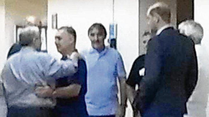Reunión. Martino y compañía estuvieron ayer una hora en el juzgado de Bellizia.