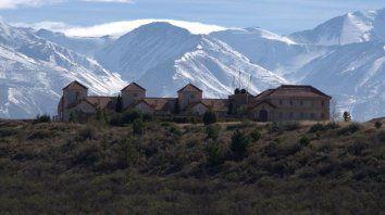 detuvieron a dos monjes acusados de abusos sexuales