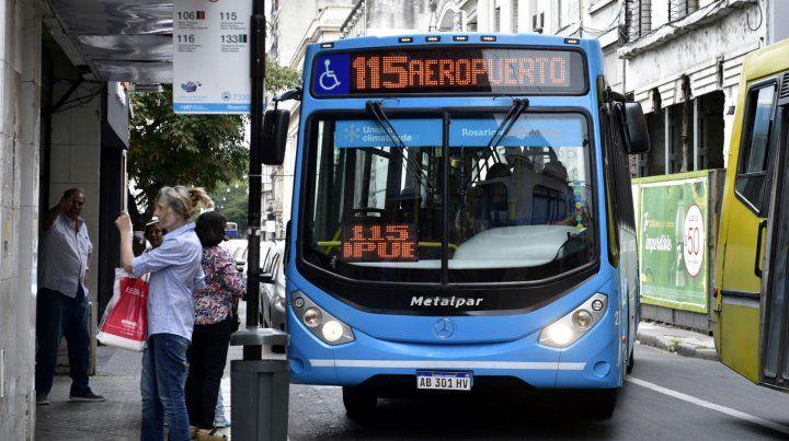 Hoy se anunciaron los nuevos costos del transporte en Rosario.