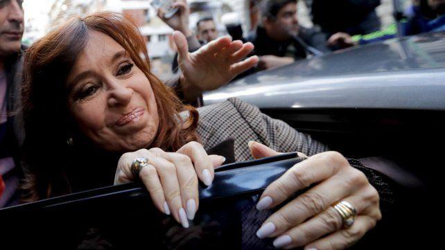 Ordenan liberar a ex secretarios de los Kirchner