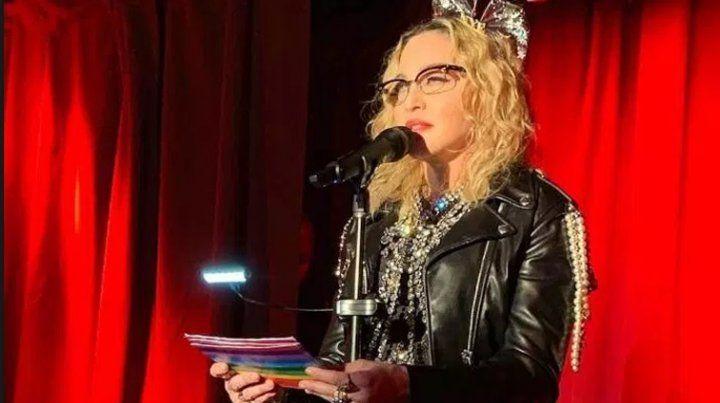 Madonna sorprendió al cantar junto a su hijo en Stonewall Inn