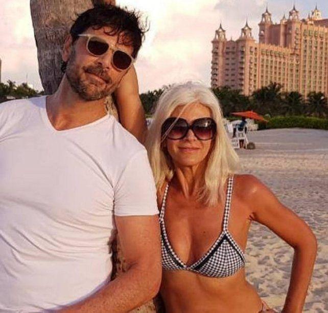 Juan Darthés y su esposa se mostraron en una playa de Brasil