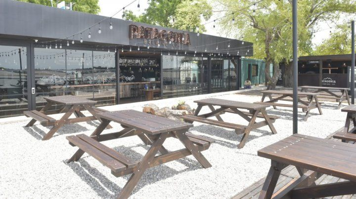 Reabren dos de los cinco bares que estaban cerrados en la Rambla Catalunya