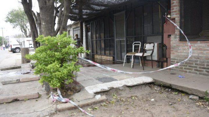 Demestri 6061. La casa donde mataron a Albino Almaraz hace 3 meses.