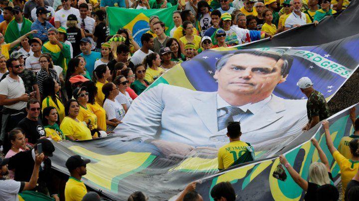 Bolsonaro expulsará del gobierno a los funcionarios de ideología comunista